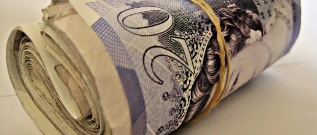 más dinero